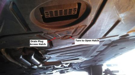 E93 30l oil change diy bimmerfest bmw forums turn the latch to release the access hatch and youll find the 17mm drain plug position the catch pan appropriately and remove the oil plug solutioingenieria Image collections